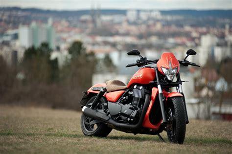 Motorradvermietung Regensburg by Umgebautes Motorrad Triumph Thunderbird Motorrad