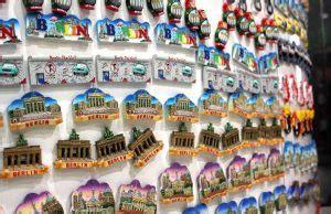 Magnet Kulkas Hamburg oleh oleh khas jerman yang wajib kamu beli saat di jerman