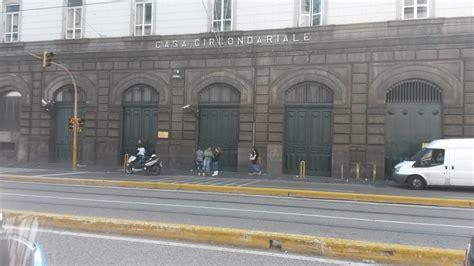 carcere di poggioreale all interno detenuto suicida in cella a napoli