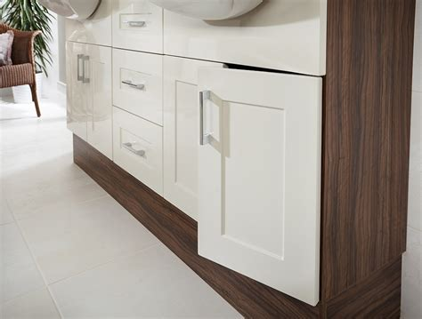 Shaker Style Cream Fitted Bathroom Cabinets Ream Shaker Style Bathroom Furniture