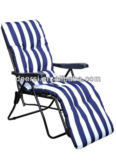 most comfortable reclining garden chair padded reclining folding chair chairs seating
