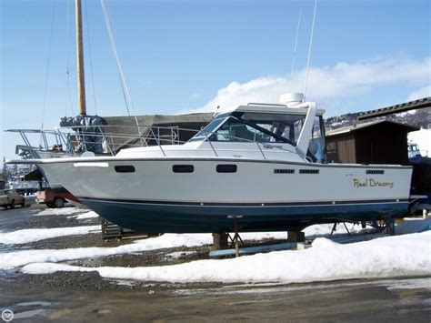 tiara boats 2700 open 1984 used tiara 2700 open express cruiser boat for sale