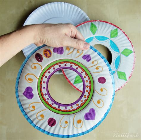 How To Make A Paper Frisbee - paperplate frisbee hattifant