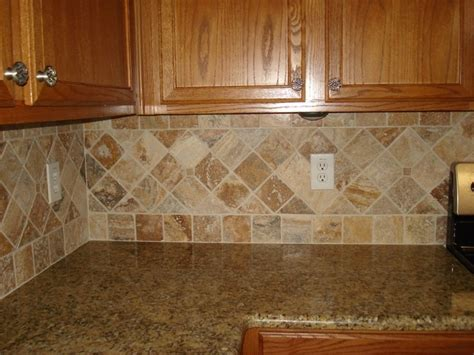 backsplash to match new venetian gold pictures to pin on