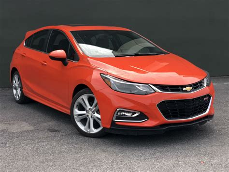 Diesel Cruze Hatchback by Should You Buy A 2018 Chevrolet Cruze Hatchback Diesel