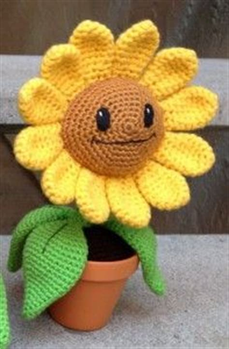 sunflower free pattern hobbycraft 1000 images about crochet flowers on flower