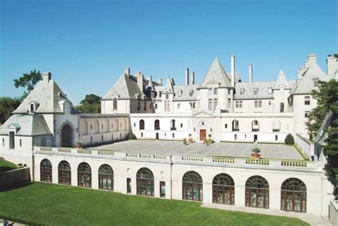 oheka castle the most gorgeous historic places island has to offer