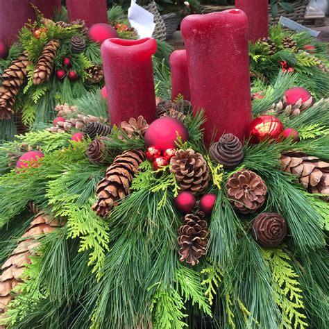 Anleitung Weihnachtsgesteck by Weihnachtsgesteck Schnell Und Einfach Selber Herstellen