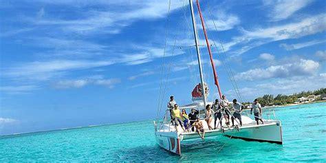 catamaran tour grand baie catamaran cruise to ile aux cerfs from mauritius south