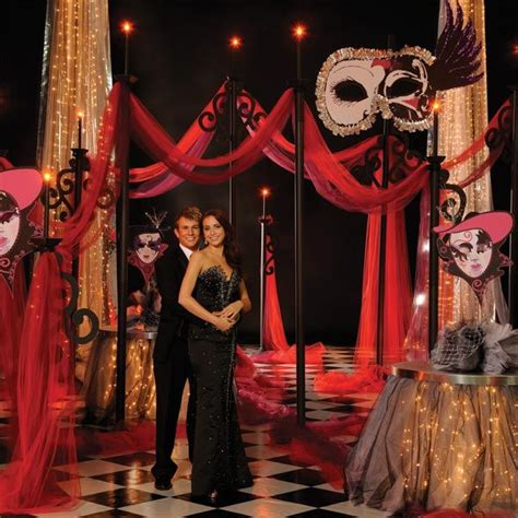 How To Decorate For A Masquerade Themed by Best 25 Masquerade Theme Ideas On Masquerade
