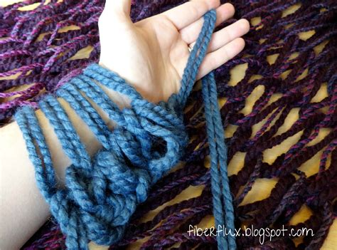 arm knit fiber flux all about arm knitting video tutorial