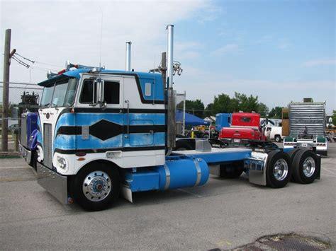 Topi Trucker Truck Bran New York 17 best images about peterbilt 352 coe on semi