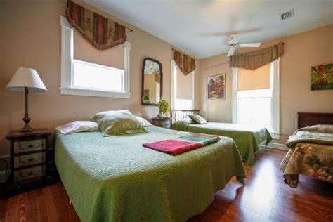 cedar house bed and breakfast cedar house bed and breakfast 302 cedar street in