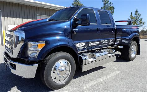 Ford F 650 Truck by Ford F 650 Charity Truck Front 202084 Photo 1 Trucktrend