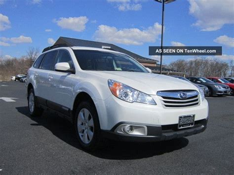 2011 subaru outback 2 5i premium wagon rare 6 speed manual for sale in saskatoon 2011 subaru outback 2 5i premium wagon pzev all wheel drive