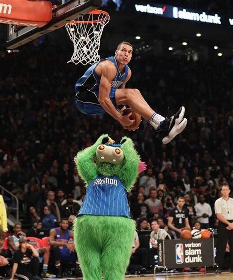 best slam dunk 25 best ideas about nba on nba basketball