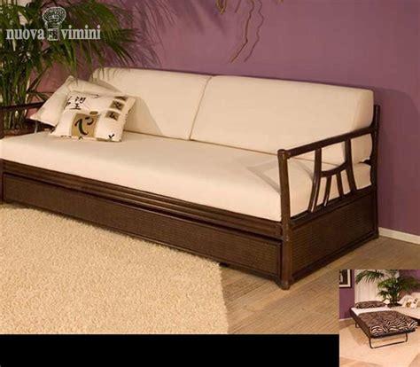divani letto etnici divano letto rattan e noce nuova vimini