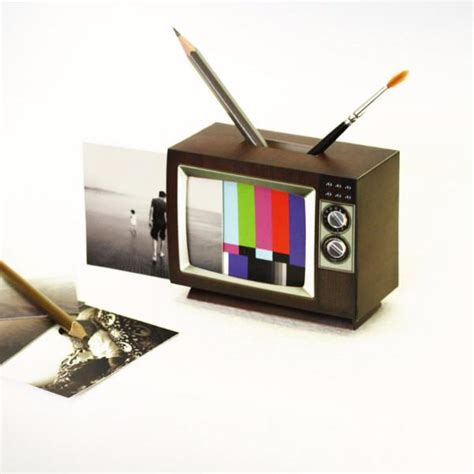 Papercraft Tv - retro tv diy papercraft six things