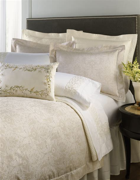 fine bedding luxury bedding elegantlinens