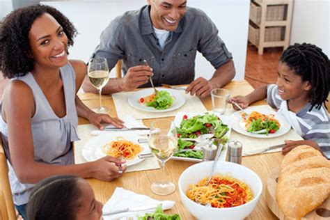 family dinners help eat healthier