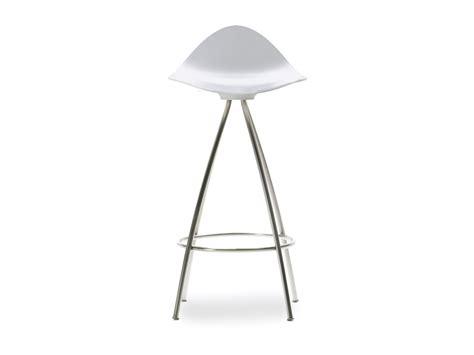 buy the stua onda monochrome white bar stool at nest co uk