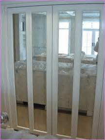Bifold mirrored closet doors home design ideas
