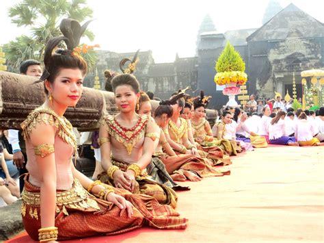 new year in cambodia khmer new year indochinatravel
