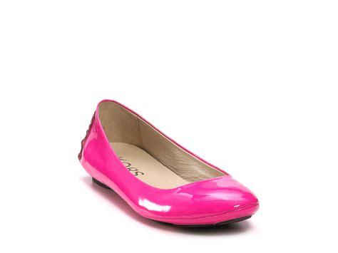 michael kors light pink shoes michael kors kors odette flats in pink neon pink patent