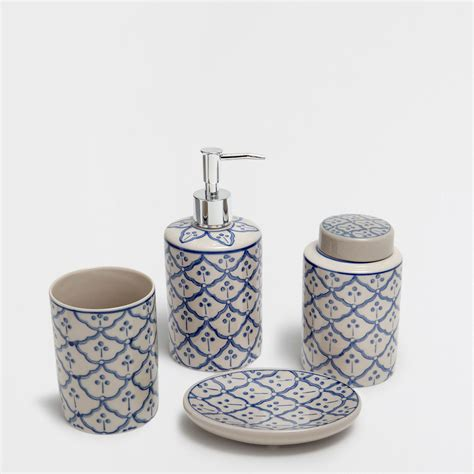 White And Blue Bathroom Accessories by Blue And White Porcelain Bathroom Accessories 30best Of