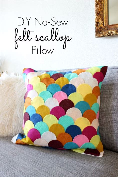 diy felt crafts 37 diy pillows that will upgrade your decor in minutes