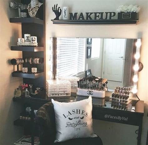 Makeup Room Decor Best 25 Black Makeup Vanity Ideas On
