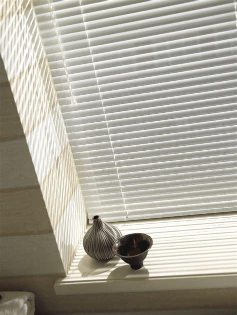 bedroom venetian blinds for a modern boy s bedroom choose venetian blinds