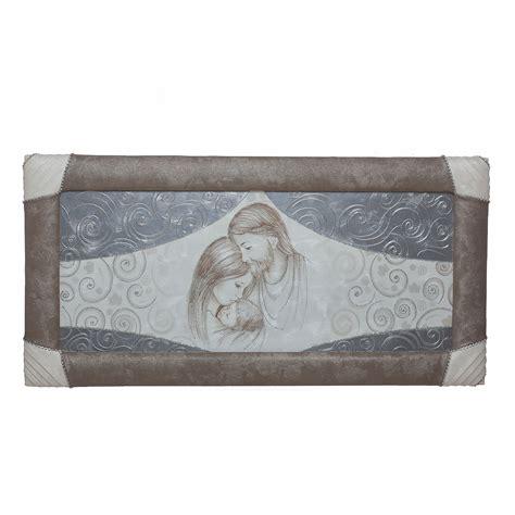 quadri con cornice quadro capezzale con cornice e strass sacra famiglia tende