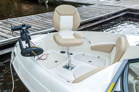 stingray boat cup holders stingray 204lf fish boating world