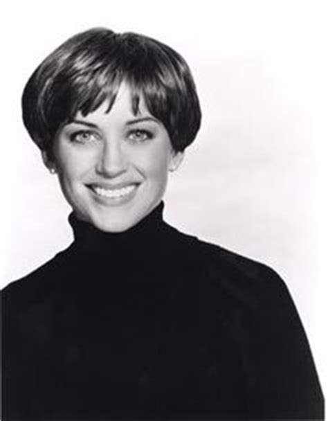 dorothy hamile wedge haircuts front and back views dorothy hamill wedge haircut back view short hairstyle