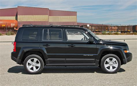 mercedes jeep 2013 black 2013 jeep patriot black 200 interior and exterior images