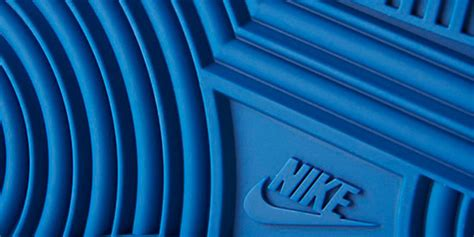 Iphone 8 Nike Stripe Logo Hardcase nike s new iphone 7 cases air 1 and roshe designs 9to5mac