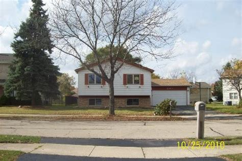 Homes For Sale In Lombard by 2000 Downing St Lombard Illinois 60148 Reo Home Details