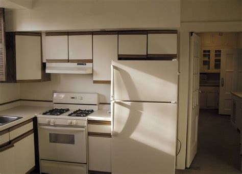 1980 Kitchen Cabinets St Paul Condo Stays In Character