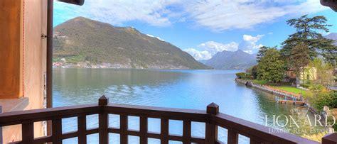 in vendita lago d iseo villa pied dans l eau in vendita sul lago d iseo lionard