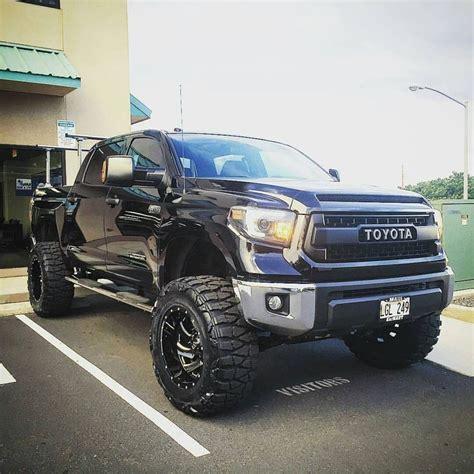 toyota truck lifted best 25 tundra truck ideas on pinterest