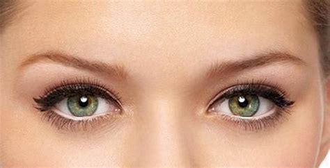 tutorial eyeliner occhi piccoli come valorizzare gli occhi piccoli con il trucco glamour it