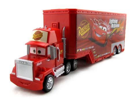 dan the pixar fan cars mack truck playset