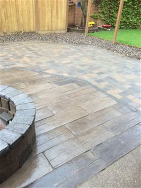 Patio Pavers That Look Like Wood 1000 Images About Wood Pavers On Wood Sted