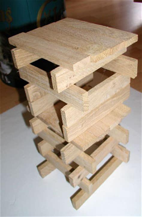 jeu de construction en bois pour bebe tete  modeler