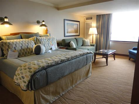 disneyland hotel 1 bedroom suite disney s paradise pier hotel information and pictures