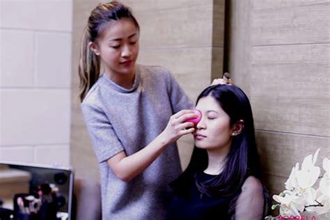 tutorial mengaplikasikan lipstik makeup tutorial bersama makeup artist hollywood kita