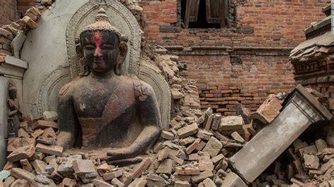 earthquake in nepal nepal earthquake death toll climbs above 4 800 cnn