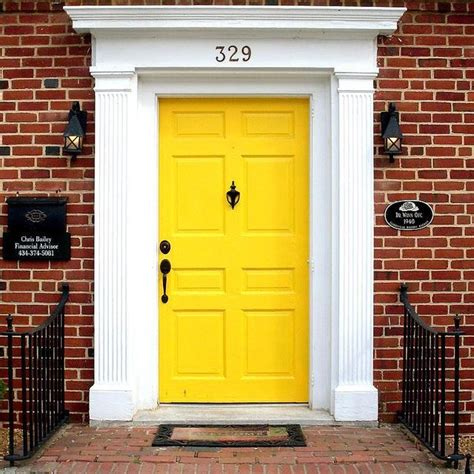 Yellow Front Door 25 Best Ideas About Yellow Doors On Yellow Front Doors Doors And Unique Front Doors