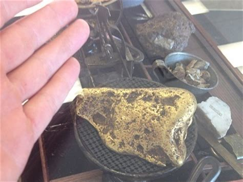 gold nugget found in backyard gold mining history of canyon city oregon